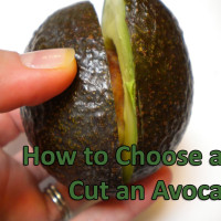 how to choose and cut an avocado 200x200 How To & Cooking Tutorials