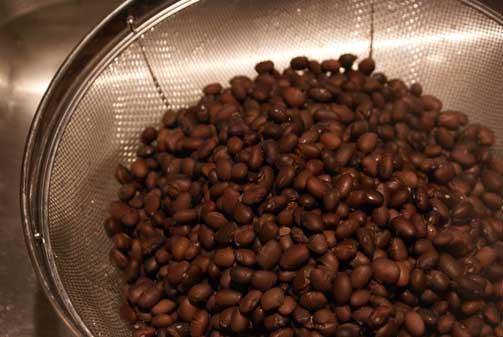 draining-black-beans