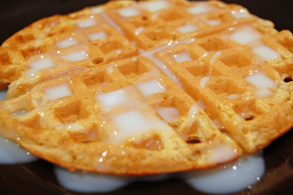 gingerbread-waffles-done-1024x680