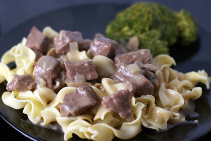 how to make beef stroganoff sauce from scratch