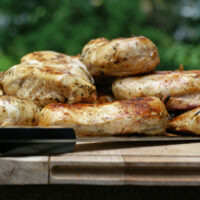 batch grilled chicken 200x200 How To & Cooking Tutorials