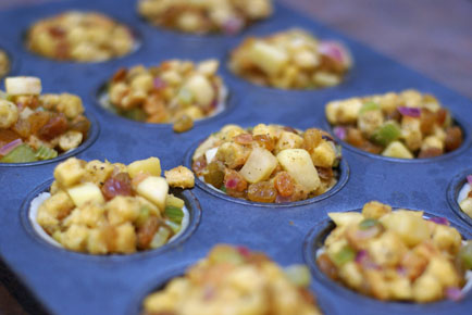 stuffing cups 7 Golden Raisin Apple Stuffing Cups   Healthy Holiday Recipe
