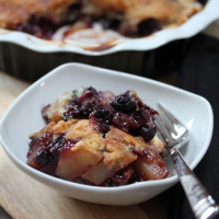 pear-blueberry-cobbler