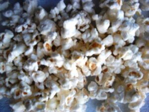 blog pics 072 300x225 All Natural Microwave Popcorn