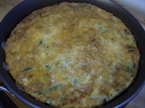 frittata after broiling 640x477 300x223 Aleas Steak and Asparagus Frittata   Breakfast for Dinner!