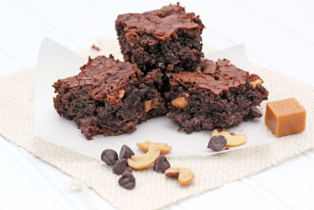 cashew caramel brownies 17 Cashew Caramel Brownies   Aprils Dessert of the Month