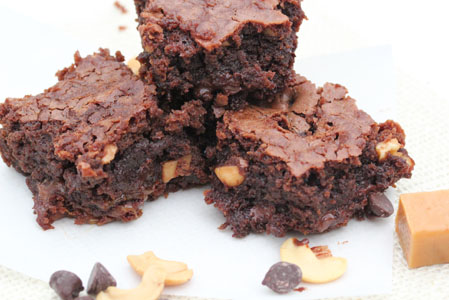 cashew caramel brownies 18 Cashew Caramel Brownies   Aprils Dessert of the Month