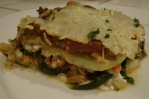 Vegetable Lasagna Recipe Gluten Free 640x427 300x200 Aleas Vegetable Lasagna with Spinach Noodles