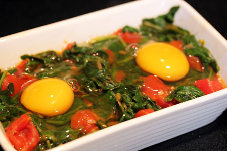 Baked Eggs with Spinach, Tomatoes, and Garlic | 5DollarDinners.com