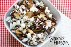 smorespopcorn 300x199 Smores Popcorn   Sweet Fall Treat