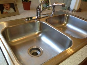 kitchen sink 4 300x224 Kitchen Cleaning  Kitchen Inspiration