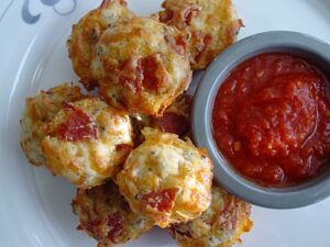 pizza puffs 300x225 Pepperoni Pizza Puffs  Lunchbox Inspiration