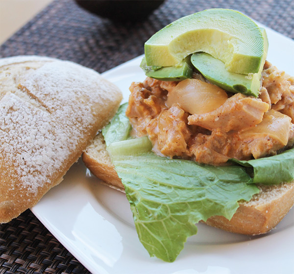 Slow Cooker Cheesy Chicken Sandwiches   5DollarDinners.com