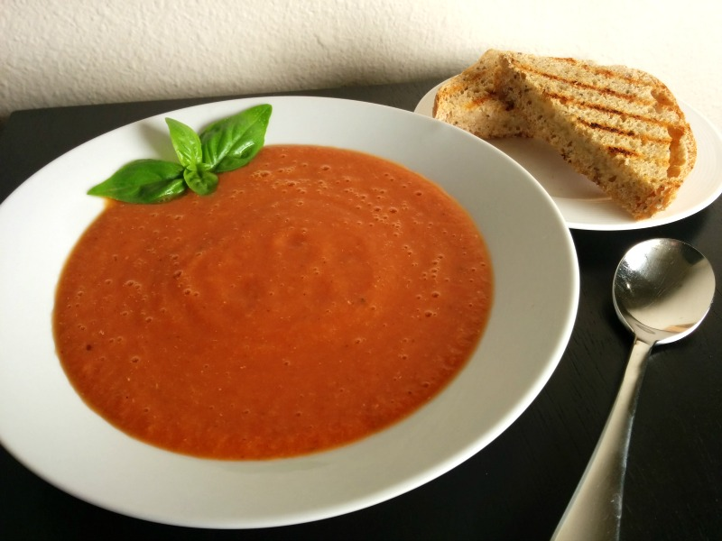 Rice Cooker Hearty Tomato Soup