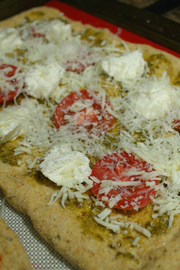 Pesto Ricotta Pizza | 5DollarDinners.com