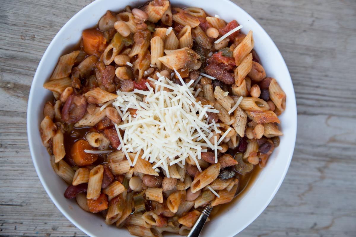 15 Bean Minestrone Soup-2
