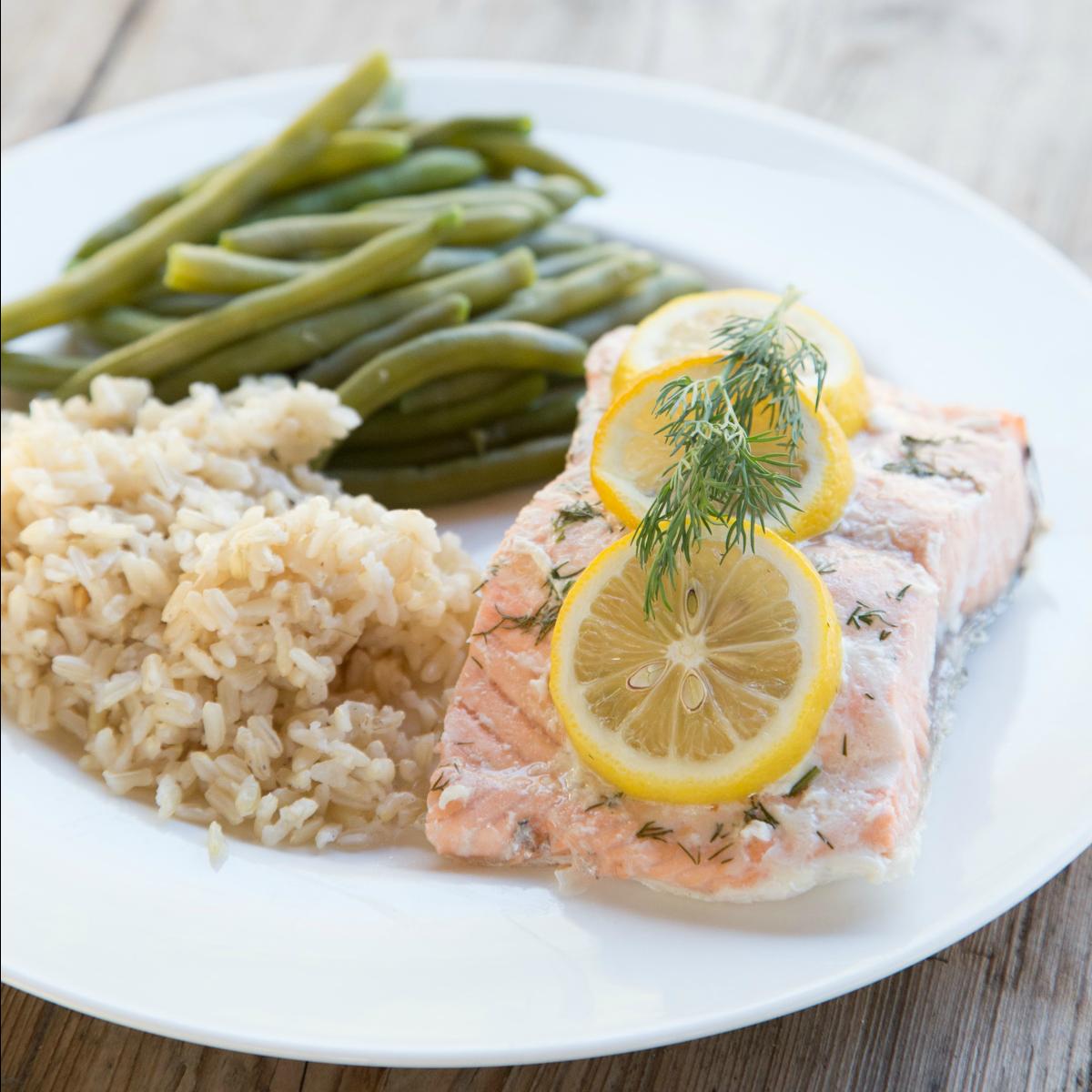 Slow Cooker Lemon Dill Salmon
