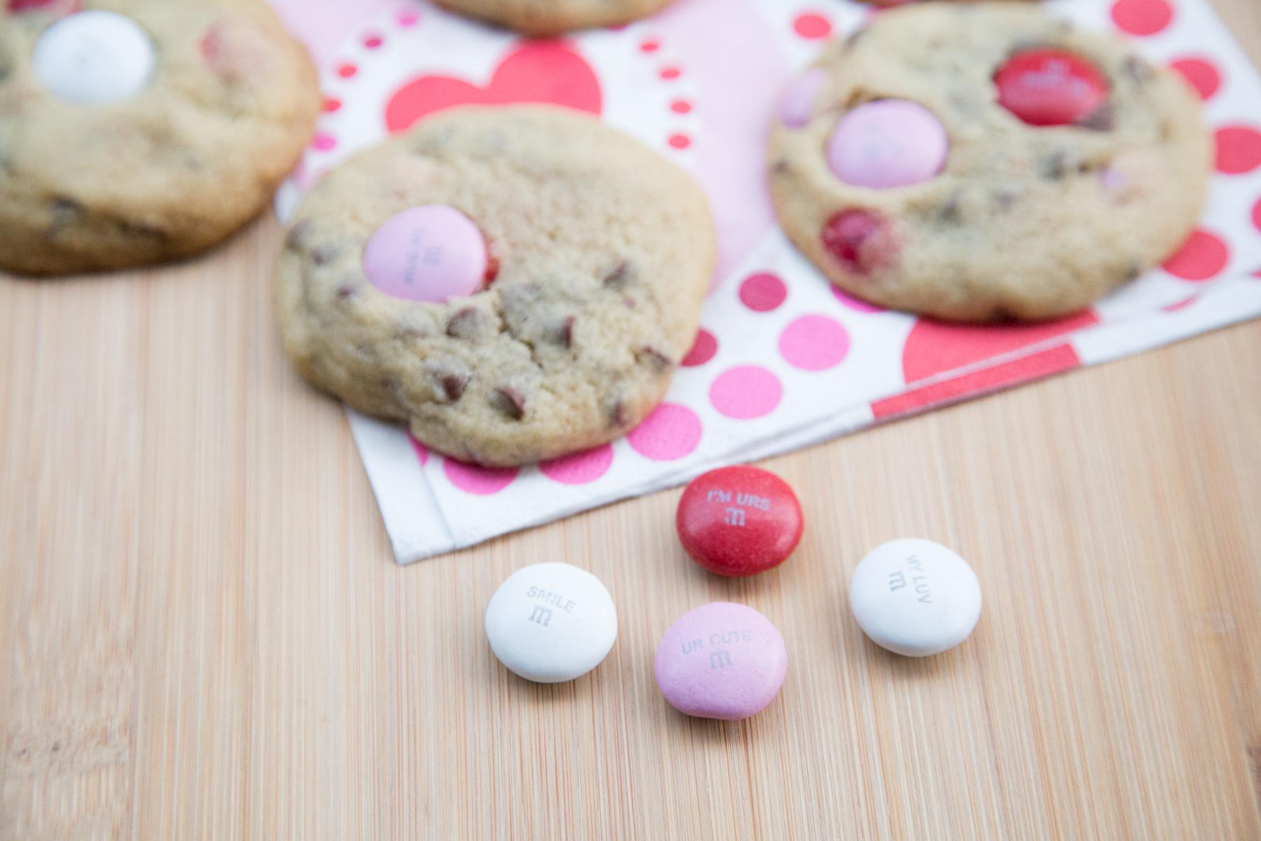mega m&m valentine's cookies