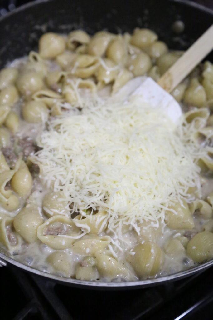 philly cheesesteak goulash
